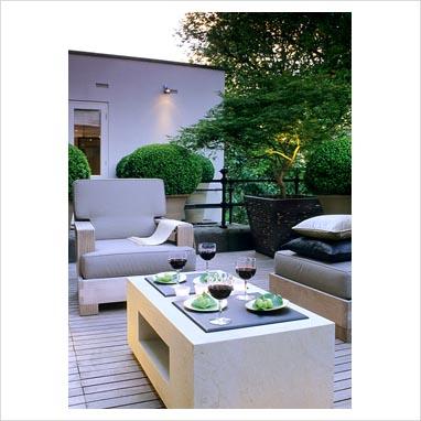 Modern Outdoor Furniture on Gap Photos   Garden   Plant Picture Library   Modern Outdoor Furniture