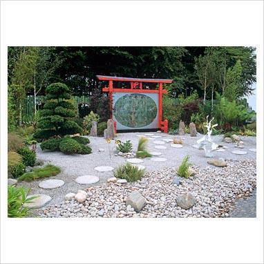 caminos en el jardin 0071386