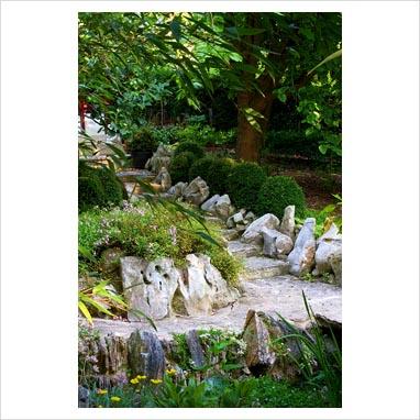 caminos en el jardin 0076320