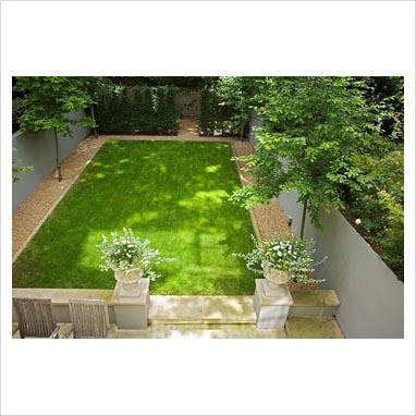 Gap photos garden plant picture library dappled for Shady courtyard garden design
