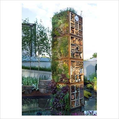 Gap photos garden plant picture library vertical for Vertical garden tower