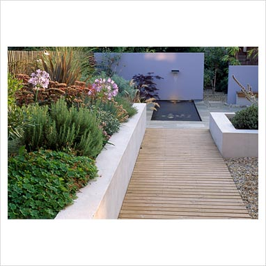 Gap photos garden plant picture library north london for Garden decking north london