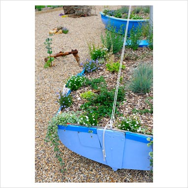 Gap photos garden plant picture library nautical for Nautical themed backyard